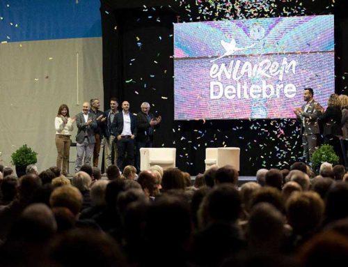 """Prop d'un miler de persones a la presentació de Lluís Soler amb la marca """"Enlairem Deltebre"""""""