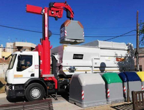 Entra en funcionament el segon camió d'escombraries a Deltebre