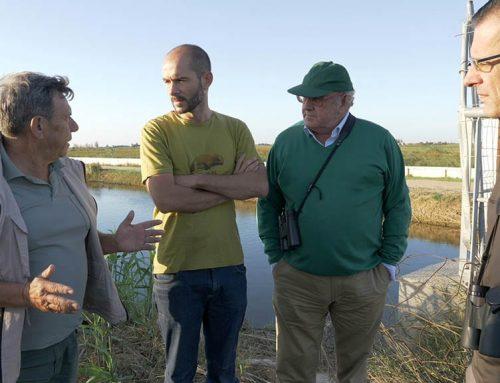 Els caçadors participen en un cens d'aus per garantir una caça sostenible al delta de l'Ebre