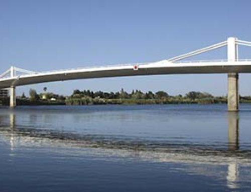 Deltebre i Sant Jaume d'Enveja il·luminaran el pont Lo Passador per celebrar el seu desè aniversari